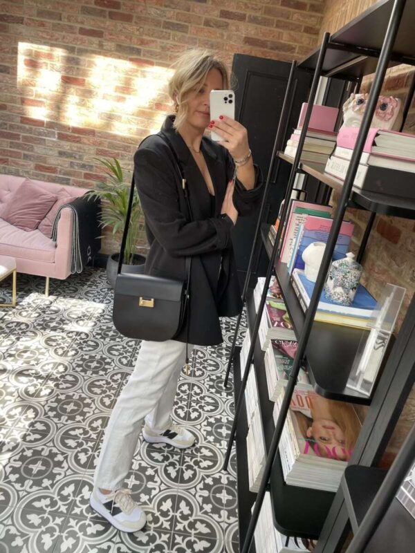 How to style white jeans on Emma rose style