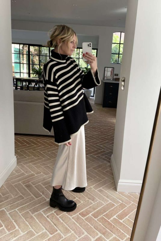 Emma Rose Style Striped Toteme Knit MyTheresa